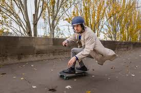 best protective gear for electric skateboarders